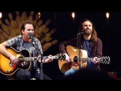 EDDIE VEDDER & LIAM FINN : Society : Ohana Music Festival Day 2 Sept 9, 2017