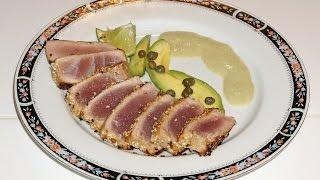 Тунец в маринаде, быстро обжаренный. Seared tuna