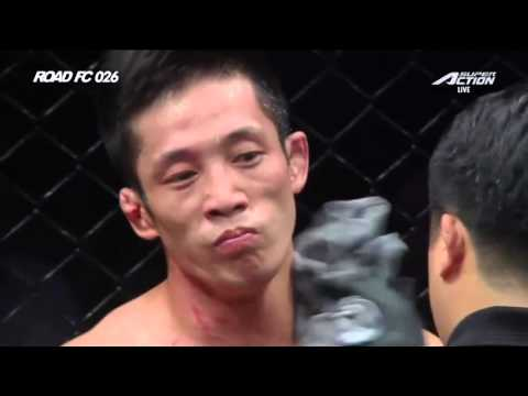 ROAD FC 026 Featherweight Match Hong Young-ki(홍영기) VS He NanNan(허난난)