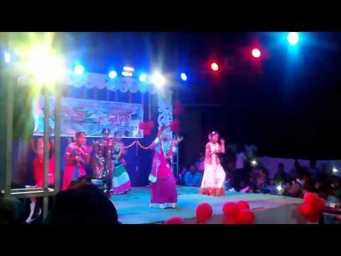 Bhajan song dance ...kala jadugar mote mari delare