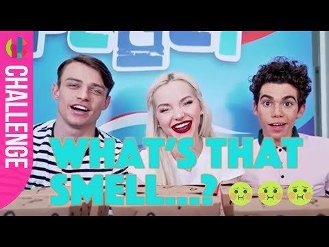 Disney Descendants Cast Do The Smell Challenge!!!