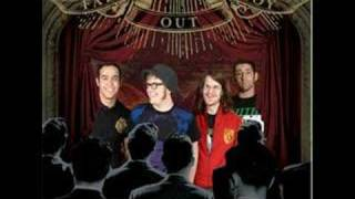 Fall Out Boy - Don't You Know Who I Think I Am? (Slide-show)
