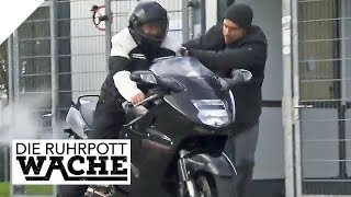 Bewaffneter Motorrad-Überfall im Stadion: Zeugin ist gesichtsblind | Die Ruhrpottwache | SAT.1 TV