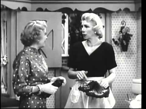 THE GEORGE BURNS and GRACIE ALLEN SHOW    Gracie Goes to a Psychiatrist for Blanche's Dream  4th Sea
