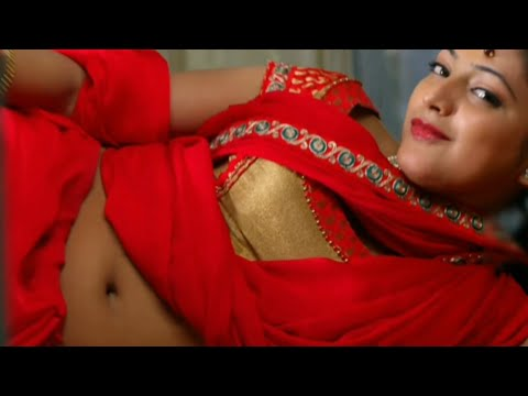 Actress Haripriya hot unseen deep navel show in saree