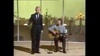 Kenneth Williams - The Ballad Of The Woggler's Moulie