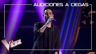 Juanjo García canta