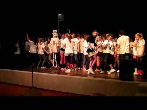 Leraren karaoke - fuck you deel 2   Huygensloo Stuntdag 2011