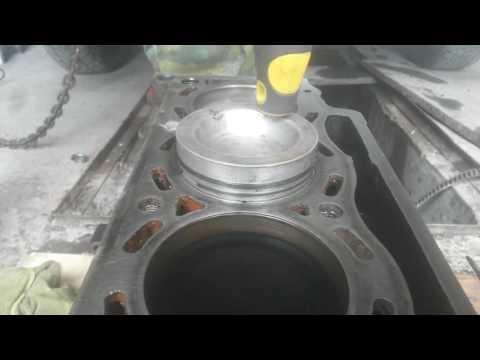 Фото к видео: Загоняем поршня в F3NL740