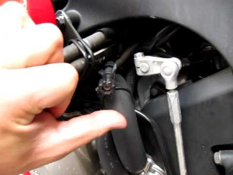 2006 Honda Cbr600rr Starts But Idle Low Youtube
