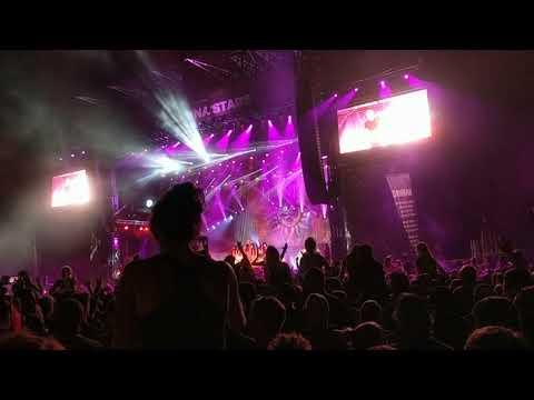 Godsmack - Something Different / Cryin' Like a Bitch LIVE Carolina Rebellion 2018 Crowd Surfers