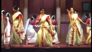 THIRUVATHIRA - MRS. LALITHA BHADRAN & TEAM. MALAYALAM WING, MUSCAT.