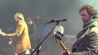 """deLillos synger  """"Neste sommer"""" Live på Vinterlyd / Krafttak mot kreft 2011"""