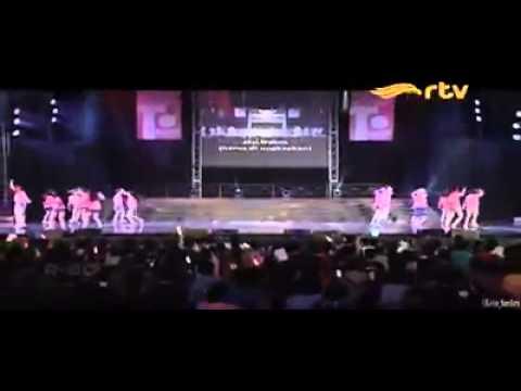 JKT48 - Ingin meraih puncak [ Team T ] @ RTV