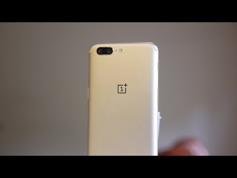 Hands on with the Soft Gold OnePlus 5 (and 4K EIS update)