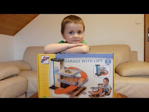 Stavba dětské dřevěné garáže -  Hračky pro kluky!!!