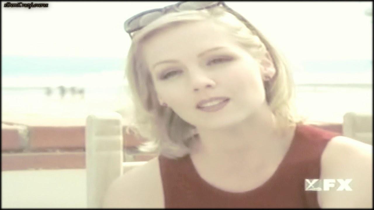 Download Jennie Garth as Kelly in Beverly Hills 90210! (Season 9)