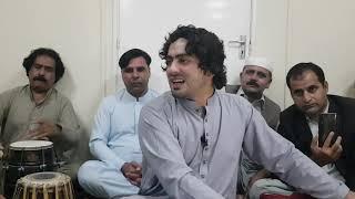 Iqbal Yousafzai Pa Jeeny Bandy Peryan De Kho Hindwan De