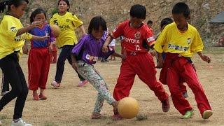 ブータンとモンゴルの子供たちにユニフォームを届けてきました。
