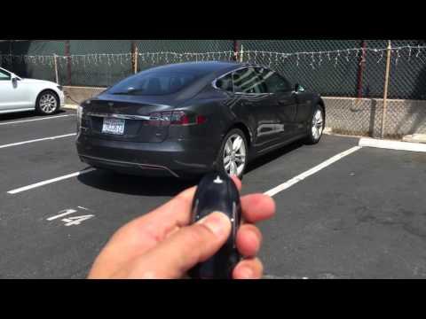 Tesla Model S AutoPilot Demo SUMMON FEATURE