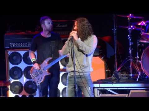 Pearl Jam with Chris Cornell - Call me a dog live PJ20