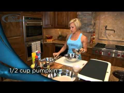 Jamie Eason's Pumpkin Spice Pancakes - Bodybuilding.com