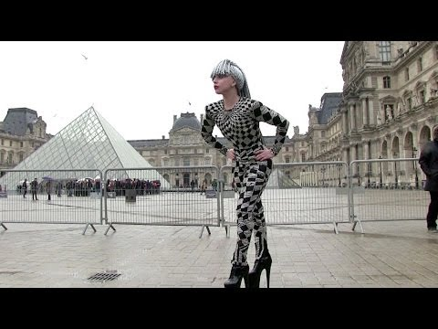 EXCLUSIVE: ONE MORE CRAZY OUTFIT - Lady GAGA visiting the Louvre in Paris - Part 1