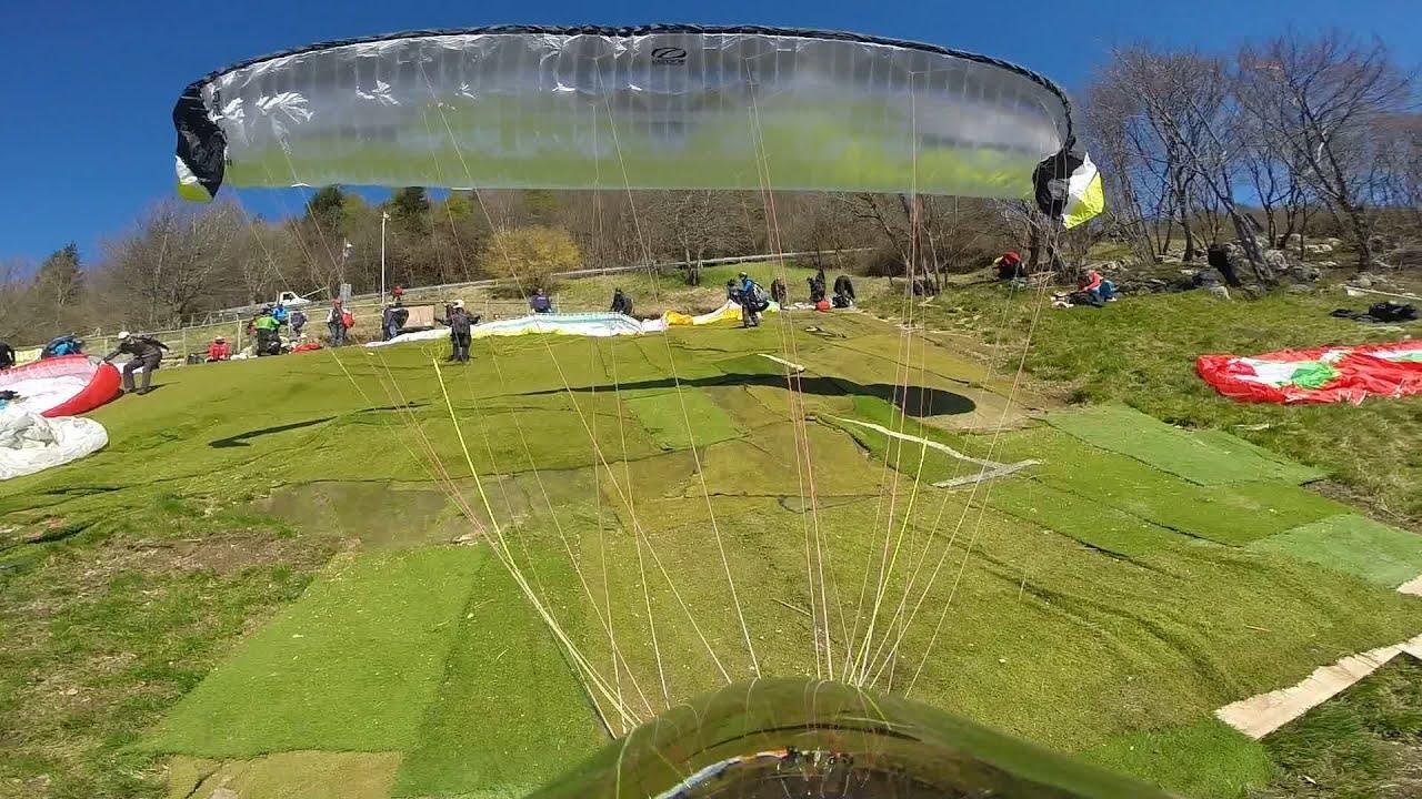Paragliding still i fly bassano del grappa youtube - Piscine termali bassano del grappa ...