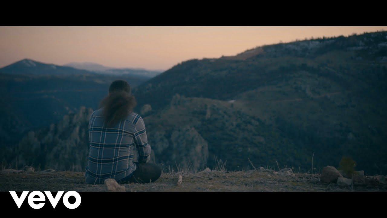 HiraiZerdüş - İki Günlük Dünya     Bi Gönlüne Ben Sığmadım     Kirpiğin Kaşına Değdiği Zaman