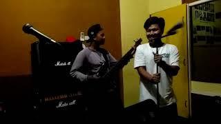 Download lagu Memories of Sunday Cover Closehead Berdiri Teman MP3