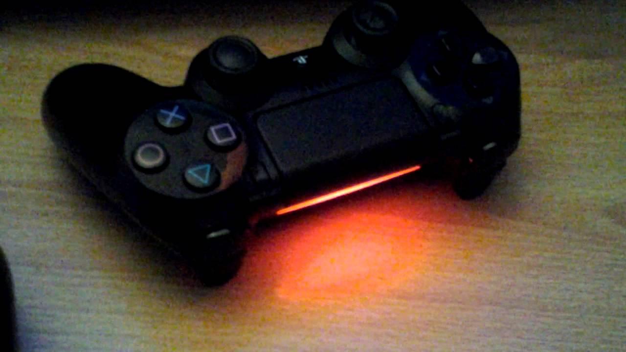 Como jugar con dos controles en ps4 youtube for Sillas para jugar ps4