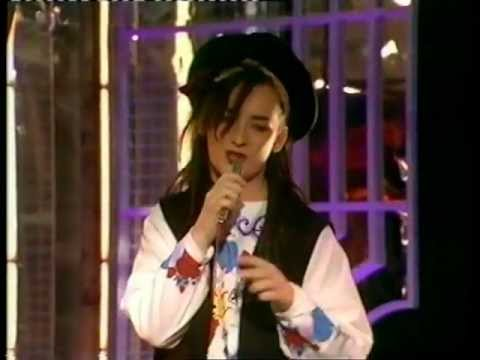 Culture Club Do You Really Want To Hurt Me 1982 Youtube
