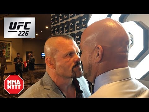 CHUCK LIDDELL RECOUNTS STORY OF HOW HE HEAD KICKED TITO ORTIZ AND TORE HIS MCL from YouTube · Duration:  2 minutes 36 seconds
