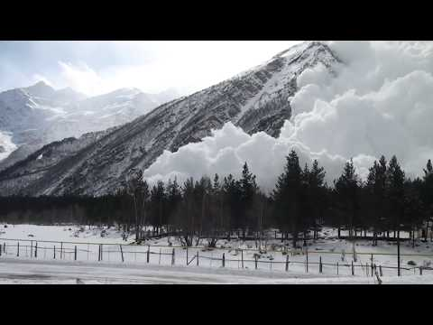 Russians trigger an absolutely MASSIVE avalanche