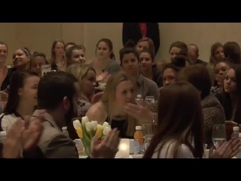Kendall Coyne Wins 2016 Patty Kazmaier Memorial Award