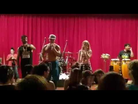 Zumba with beto & jorge cardenas - master class live , abreme la puerta