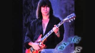 Watch Pat Travers Fall To Pieces video