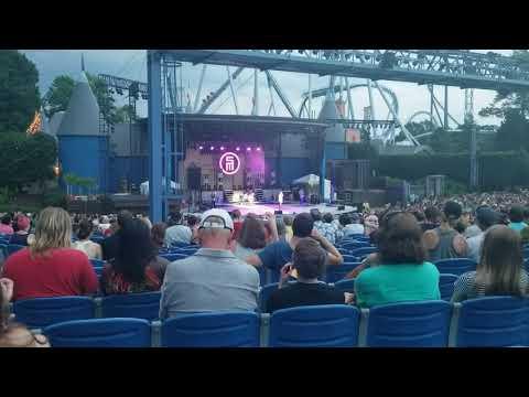 Scotty Mccreery Five More Minutes @ Busch Gardens Williamsburg