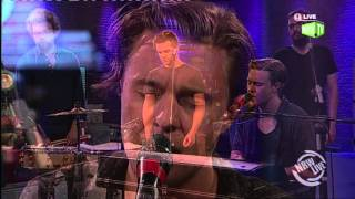 "The Franklin Electric performen ""This is how I let you down"" bei NRW Live"
