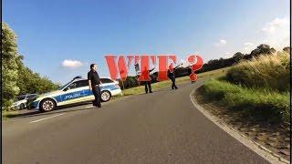 ☆WTF☆ gefährliche Motorrad Polizeikontrolle in einer Kurve 💀  ★ Cam onboard ★