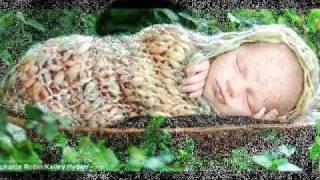 موسيقي هادية تساعد في نوم الأطفال