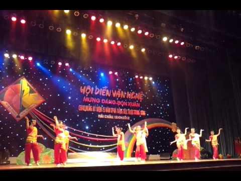 Múa Ấn Độ 9/3 Trưng Vương _Đà Nẵng :) 2011-2012