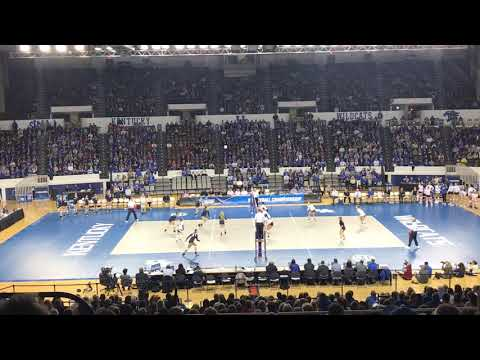 good volley between Kentucky and ETSU at Memorial Coliseum (December 1st, 2017)