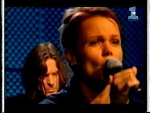 Belinda Carlisle Circle In The Sand (acoustic VH1) 1996