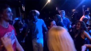 Родион Газманов Танцуй пока молодой