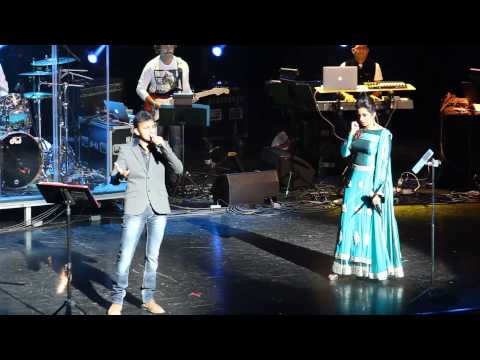 PIKU- Journey Song  By Shreya Ghoshal & Hrishikesh Ranade  live in Cincinnati,OH, USA 2015