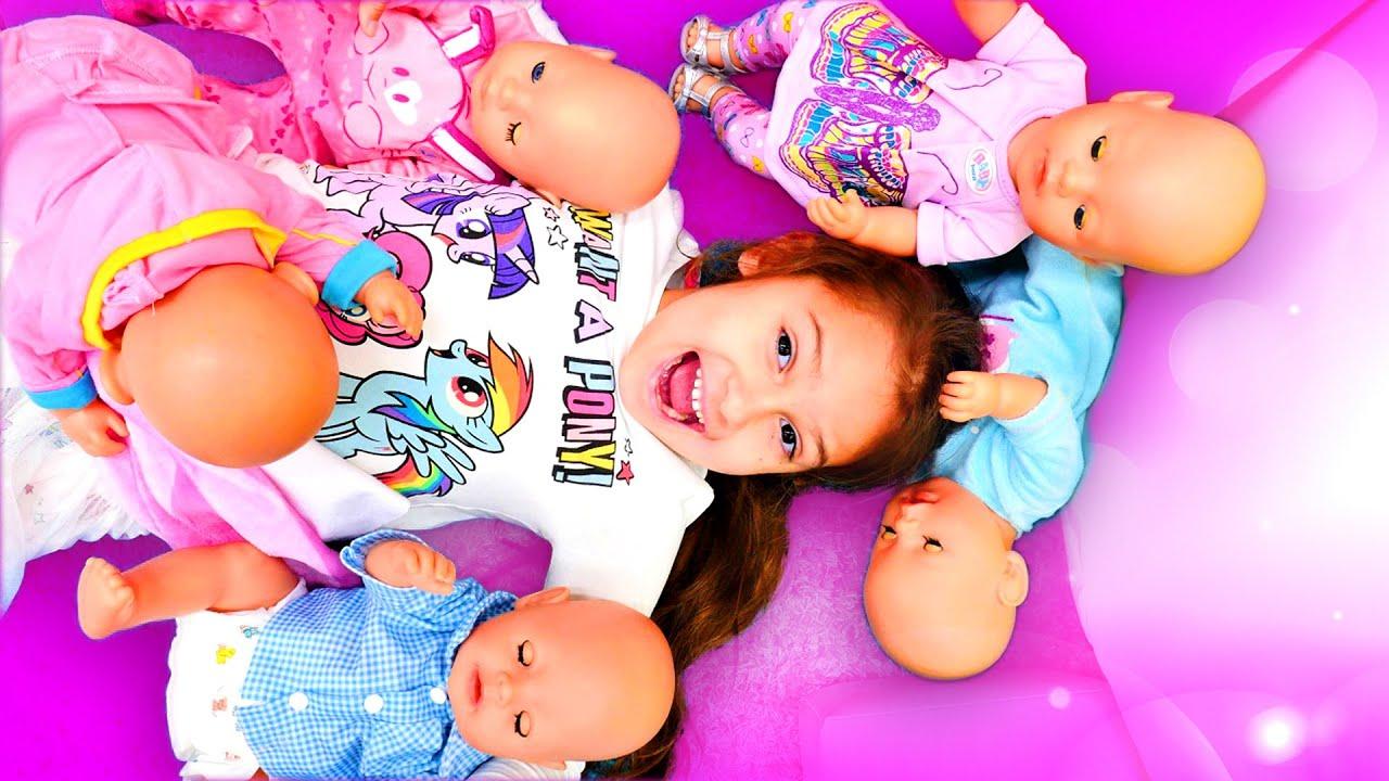 Oyuncak bebek bakma oyunu. Kız oyunları. Selin baby born bebeklerine bakıyor. Derleme
