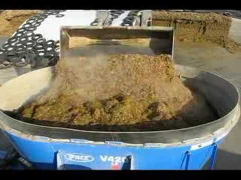 Farm Demo 420 cu/ft Patz M-1100 TMR Feed Mixer - Your Cows Will Thank You!