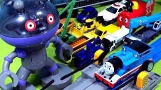 アンパンマン おもちゃ はたらくくるま だだんだんの総集編⭐トーマスやスーパーカーと大集合バトル♪緊急車両のパトカー 救急車 ゴミ収集車も出動❤️