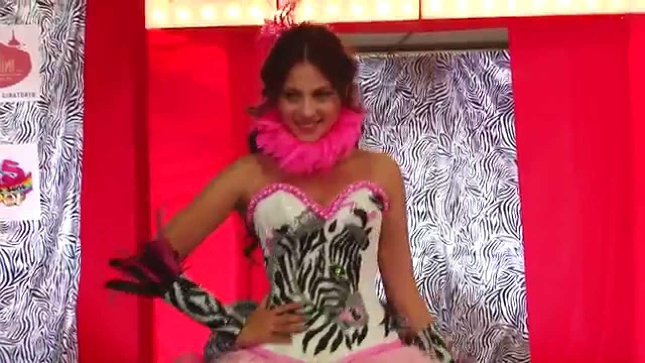 bbaea97a37 Expo 15 México Pasarela de vestidos de 15 años. - YouTube